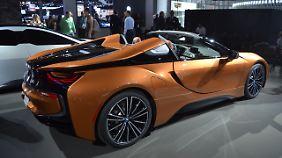 Ein Hingucker ist der BMW i8 Roadster nicht nur wegen seiner Farbe.