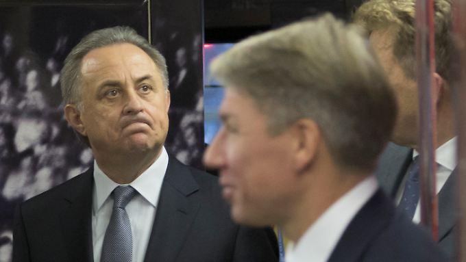 Dopingvorwürfe machen ihn wütend: Witali Mutko (m.).