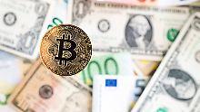 Der Börsen-Tag: Werden Bitcoins hoffähig?