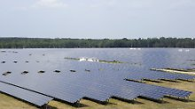 Solaranlage in Jocksdorf (Brandenburg), die von der Firma Phoenix Solar betrieben wird.
