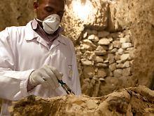 Fundsache, Nr. 1363: Mumie in Grab in Luxor