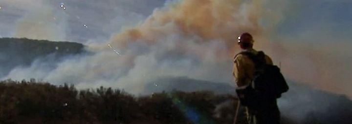 Flammendes Inferno in Kalifornien: Feuerwehr gewinnt im Kampf gegen die Waldbrände langsam Oberhand
