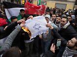 Der Tag: Berlins Polizei will Verbrennen von Israel-Flaggen verhindern