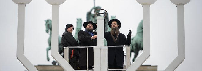 """Antisemitische Demonstrationen: """"Eine Attacke gegen die ganze Gesellschaft"""""""