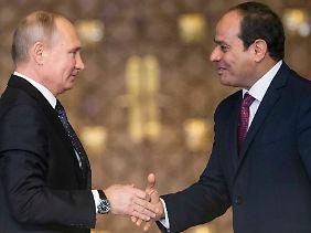 Kurzbesuch bei Abdel Fattah al-Sisi in Kairo.