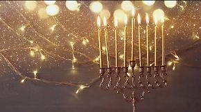 Jüdisches Lichterfest: Worum geht's bei Chanukka?