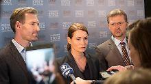 Nina Schramm (Anja Kling) und ihre Parteifreunde spielen mit den Ängsten der Menschen.