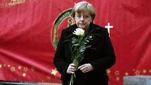 Kein einfacher Termin: Merkel stellt sich Breitscheidplatz-Opfern