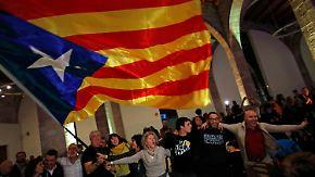Katalonien tief gespalten: Separatisten verteidigen absolute Mehrheit