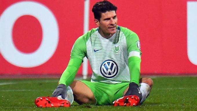 Sein letztes Spiel für den VfL Wolfsburg war das Pokal-Achtelfinale gegen den 1. FC Nürnberg. Nun spielt Mario Gomez wieder für den VfB Stuttgart, der im Achtelfinale am FSV Mainz 05 scheiterte.