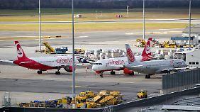 Hoffnung auf sinkende Flugpreise: Luftfahrtbranche sortiert sich neu