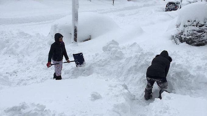 Katastrophenalarm an der US-Ostküste: Schnee begräbt Pennsylvania unter sich
