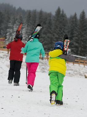 Wintersportler bei Braunlage auf dem Walpurgishang am Wurmberg im Oberharz (Bild von Januar 2017).
