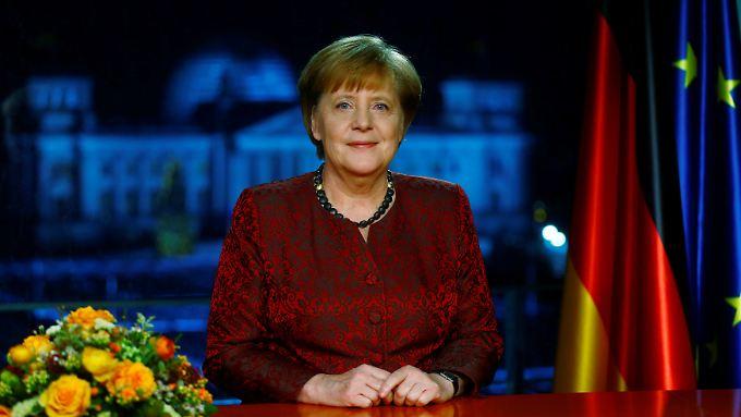 """""""Die Welt wartet nicht auf uns"""": Merkel verspricht schnelle Regierungsbildung"""