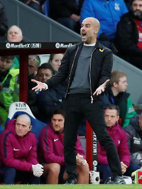 Pep Guardiola ist entsetzt.