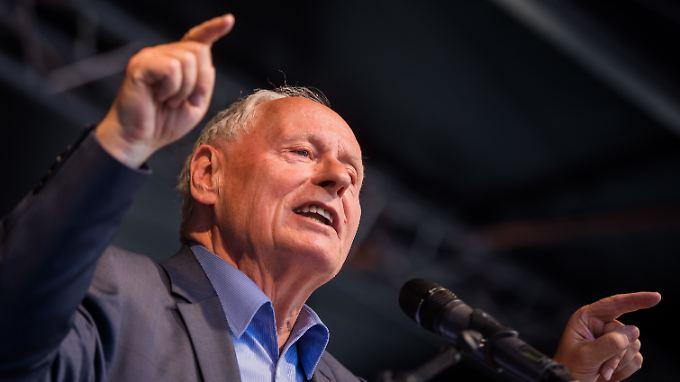 Oskar Lafontaine hat sich für eine neue linke Volkspartei in Deutschland ausgesprochen.