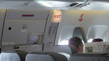 Ryanair-Flieger braucht zu lange: Ungeduldiger Fluggast öffnet Notausgang