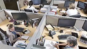 Offene Karten bei Gehältern: Neues Gesetz soll Lohnunterschiede senken