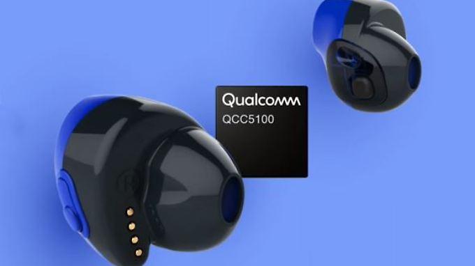Mit dem Qualcomm QCC5100 sollen kleine, komplett kabellose In-Ear-Kopfhörer mit ANC kein Problem mehr sein.