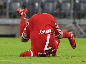 Der Fußball rollt wieder - Franck Ribéry auch.