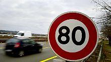 In Frankreich gilt ab Sommer Tempo 80 auf Landstraßen.