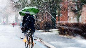 Turbulente Wetterwoche: Tief kündigt sich mit viel Regen und Gewitter an