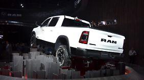 Neueste 48-Volt-Technik arbeitet im Dodge Ram.