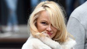Promi-News des Tages: Pamela Anderson zieht für die Liebe um die halbe Welt