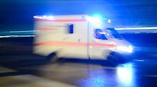 Schweriner Polizei sucht Mutter: Zeitungsbotin findet Baby vor Haustür