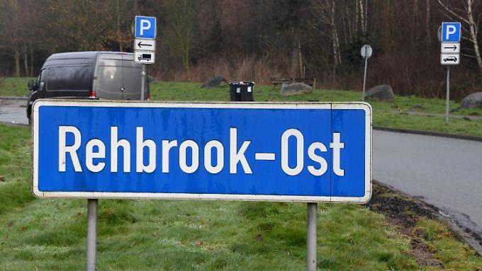 Aus einem Geldtransporter sind mehr als zwei Millionen Euro verschwunden. Hier am Parkplatz Rehbrook-Ost hatten die Fahrer Pause gemacht, nachdem einem von ihnen unwohl geworden war.