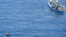 Das Rettungsboot mit den Überlebenden.