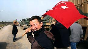 """""""Die Welt hat uns alleine gelassen"""": Türken stehen hinter Erdoğans Feldzug gegen Kurden"""