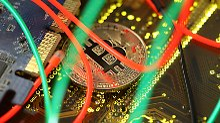 Der Börsen-Tag: Bitcoin verhält sich anders als Gold