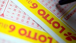 Kundin um halbe Million Euro geprellt: Lotto-Betrüger zu Bewährungstrafe verurteilt