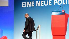 Martin Schulz am Ende: Kühnert genervt, Nahles lobt