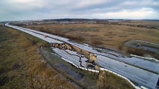 A20 auch in Gegenrichtung weggebrochen: Versinkende Autobahn bringt Region ans Limit