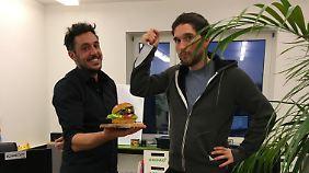 Baris Özel und Max Krämer wollen den ersten deutschen Insektenburger auf den Markt bringen.