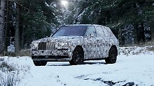 Noch trägt der Rolls-Royce Cullinan ein Tarnkleid. Wer jetzt aber denkt das ist ein SUV, der liegt falsch.