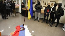 Eskalation in Kiew: Russisches Kulturzentrum gestürmt