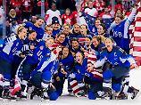 Selfie-Time bei den glücklichen Gewinnerinnen. Die USA legen eine überragende Leistung hin.