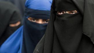 Debatte über Vollverschleierung: Bundestag kritisiert AfD-Forderung nach Burka-Verbot