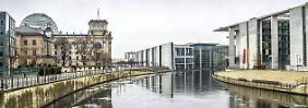 Wirtschaft wächst um 2,2 Prozent: Deutscher Staat erzielt Rekordüberschuss
