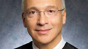Richter Gonzalo Curiel lässt sich bei seinen Urteilen nicht von seinen Wurzeln beeinflussen.