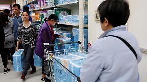 Aus Angst vor Preiserhöhung: Taiwaner hamstern Klopapier