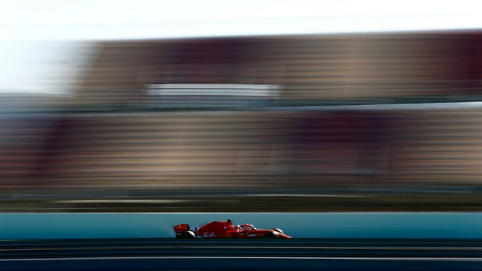 Ferrari-Star Sebastian Vettel war in der Vormittagssession der schnellste Tester in Barcelona.