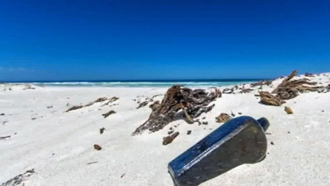 Botschaft von deutschem Schiff: Flaschenpost spült nach 132 Jahren in Australien an