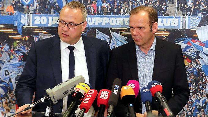 Frank Wettstein und Bernd Hoffmann führen nun erst einmal den HSV.