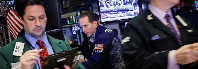 Boeing und Caterpillar tief im Minus: Wie wird sich der protektionistische Kurs des US-Präsidenten auf die Wirtschaft auswirken?