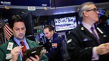 Trumps Zölle belasten Boeing: Wall Street schließt verunsichert