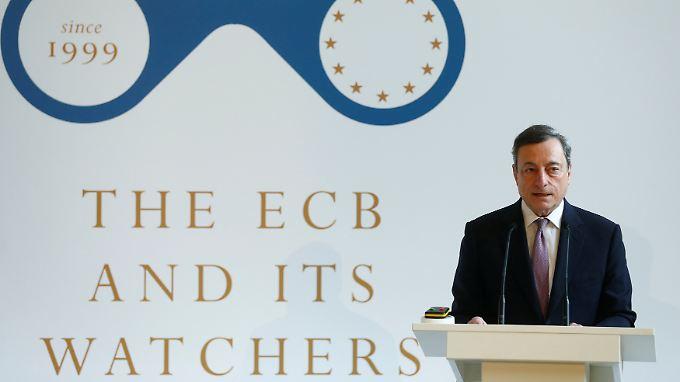 Draghi fordert indirekt höhere Löhne.